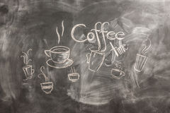 Muchacha con café y el teléfono Imagen de archivo libre de regalías