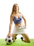Muchacha con el balón de fútbol imágenes de archivo libres de regalías