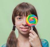 Muchacha con el caramelo Foto de archivo