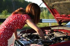 Muchacha con el coche 1 Foto de archivo libre de regalías