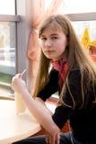 Muchacha con el coctel de la leche Fotos de archivo libres de regalías