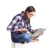 Muchacha con el cuaderno Foto de archivo libre de regalías