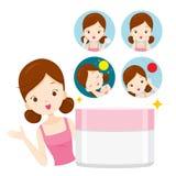 Muchacha con el empaquetado e iconos de la crema hidratante Imagen de archivo libre de regalías