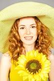 Muchacha con el girasol Imagen de archivo libre de regalías