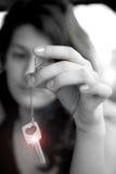 Muchacha con el monocromo del clave fotografía de archivo libre de regalías