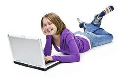 Muchacha con el ordenador Fotografía de archivo libre de regalías