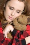 Muchacha con el oso del peluche Fotografía de archivo libre de regalías