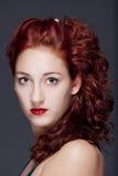 Muchacha con el pelo rojo Imagen de archivo