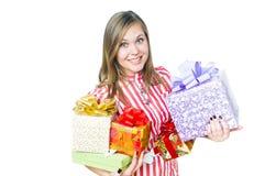 Muchacha con el regalo Foto de archivo libre de regalías