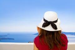 Muchacha con el sombrero de Sun Imagenes de archivo