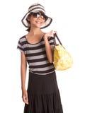 Muchacha con el sombrero del verano, las gafas de sol y el bolso IX Foto de archivo libre de regalías