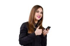 Muchacha con el teléfono móvil a disposición Estilo del asunto Imágenes de archivo libres de regalías