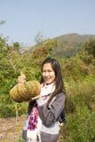 Muchacha con la calabaza Imagen de archivo libre de regalías