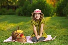 Muchacha con la fruta Fotos de archivo