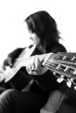 Muchacha con la guitarra foto de archivo libre de regalías