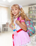 Muchacha con la mochila de la escuela Imagen de archivo