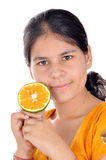 Muchacha con la naranja Foto de archivo