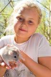 Muchacha con la rata del animal doméstico Imagen de archivo