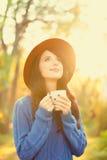 Muchacha con la taza de café Foto de archivo
