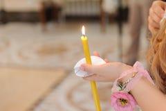 Muchacha con la vela Imágenes de archivo libres de regalías