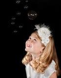 Muchacha con las burbujas Fotografía de archivo