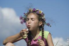 Muchacha con las burbujas de jabón V Fotografía de archivo libre de regalías
