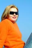 Muchacha con las gafas de sol Foto de archivo libre de regalías