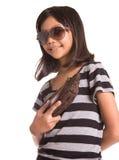 Muchacha con las gafas de sol y el monedero III Fotografía de archivo libre de regalías