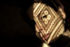 Muchacha con las sombras imagen de archivo libre de regalías