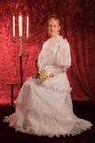 Muchacha con los camomiles Foto de archivo libre de regalías