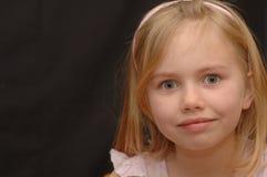 Muchacha con los ojos abiertos Imagen de archivo libre de regalías
