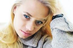 Muchacha con los ojos azules Fotografía de archivo
