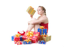 Muchacha con los presentes Fotografía de archivo libre de regalías