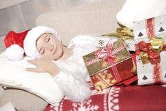 Muchacha con los regalos Fotos de archivo libres de regalías