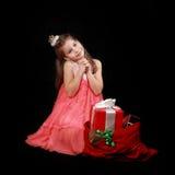 Muchacha con los regalos Fotografía de archivo