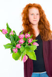 Muchacha con los tulipanes Foto de archivo