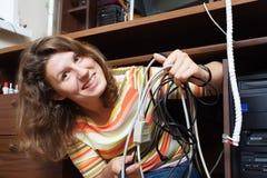 Muchacha con muchos alambres Fotos de archivo libres de regalías