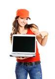 Muchacha con una computadora portátil Fotografía de archivo