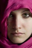 Muchacha con velo púrpura Fotografía de archivo libre de regalías
