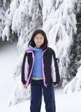 Muchacha coreana en la nieve Imágenes de archivo libres de regalías