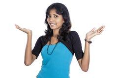 Muchacha de Desi en blanco Fotos de archivo libres de regalías