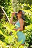 Muchacha de la belleza al aire libre Foto de archivo