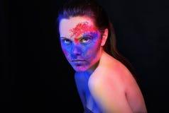 Maquillaje brillante. retrato de la mujer del arte de la moda Imagen de archivo