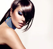 Muchacha de la belleza de la moda