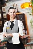 Muchacha de la camarera del anuncio publicitario Imágenes de archivo libres de regalías