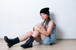 Muchacha de la moda de los jóvenes Imagenes de archivo