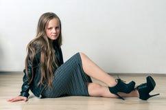 Muchacha de la moda de los jóvenes Fotos de archivo libres de regalías