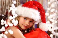 Muchacha de la Navidad en el tiempo de la Navidad Imagenes de archivo