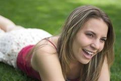 Muchacha de la sonrisa fotos de archivo libres de regalías