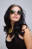 Muchacha de las gafas de sol de la manera Imagenes de archivo
